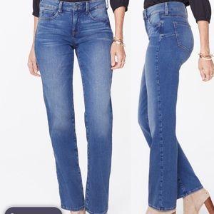 New NYDJ Marilyn Uplift Jean Size 6